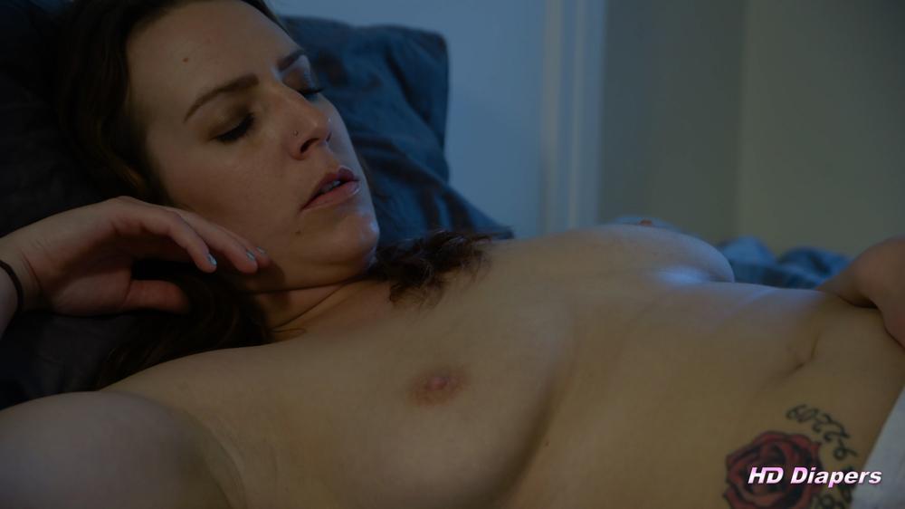 masturbating-2.thumb.jpg.93a1e8e818bd3dfaccc8b2626f3c9591.jpg